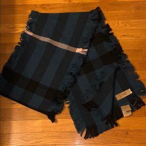 Burberry Scarf BRAND NEW 100% wool